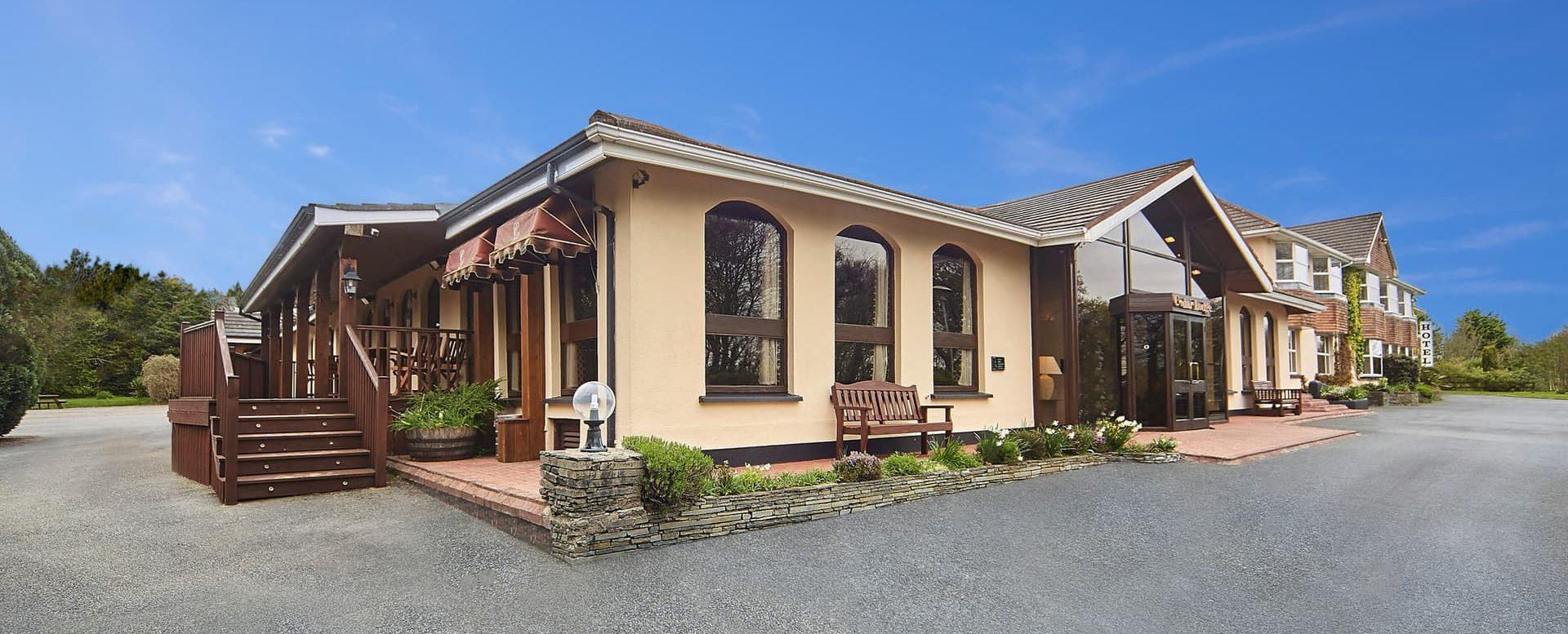 Cedar-Lodge-Hotel-Wexford-Ireland.min_-e1547741424169.jpg